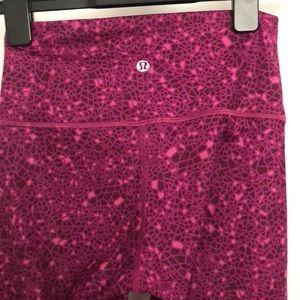 Lululemon athletica EUC pink Crop leggings 4